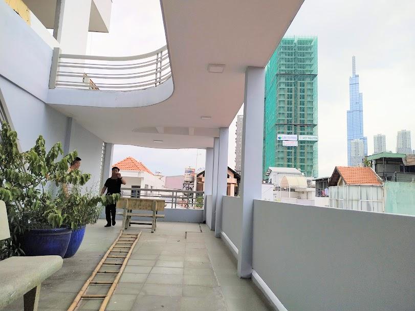Sân thượng View thoáng nhìn về Landmark 81