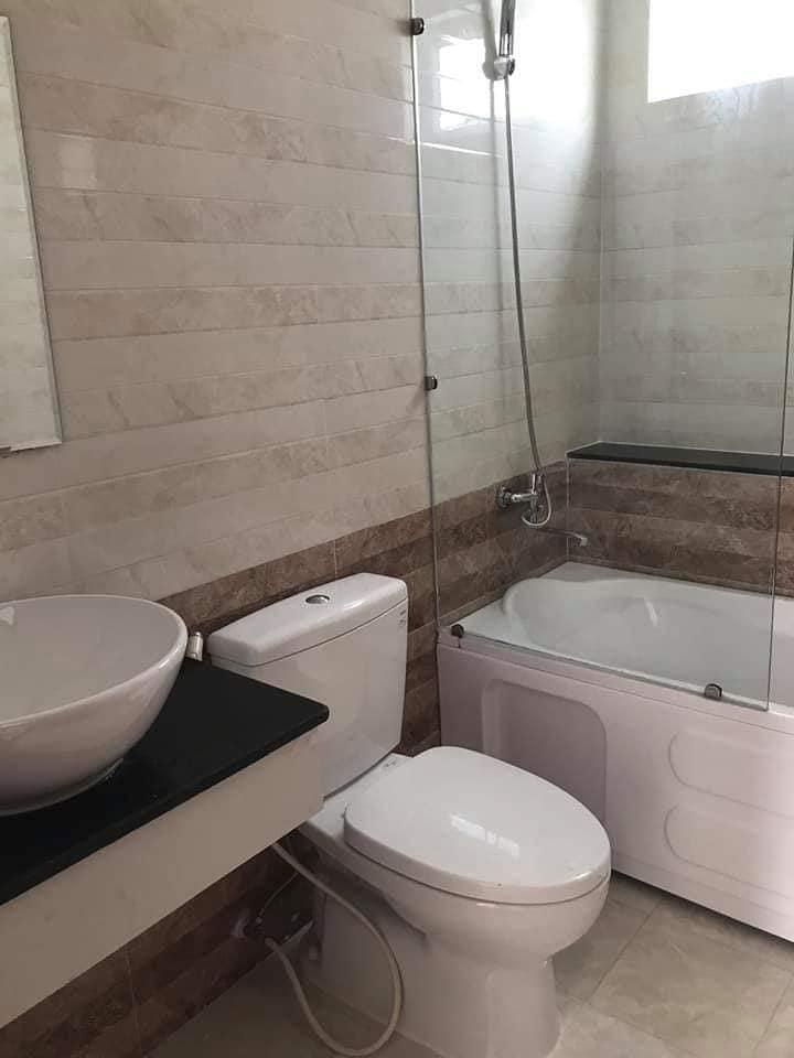 Nhà vệ sinh Luxury